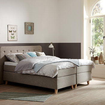 Boxsprings / Bed compleet